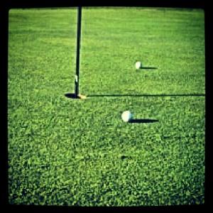 bola golf green
