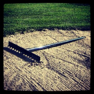golf bunker rastrillo